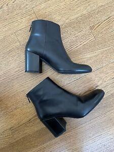 Stuart Weitzman Black Boots Size 8.5