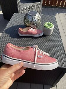 Ladies/unisex Size 4 Off The Wall Authentic Low Top Shoes From Vans