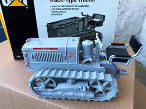 ERTL CATERPILLAR 2 Ton Track Type Tractor 1:16 Scale Crawler with Box