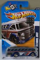 HOT WHEELS 2012 FACTORY SEALED SURFIN`SCHOOL BUS HW CITY WORKS 6/10 V5440