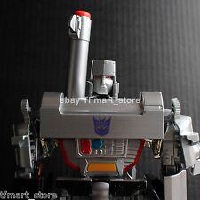 Takara Transformers MP-05 Masterpiece Megatron Complete - Has a BROKEN Piece