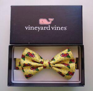 Vineyard Vines Boys Red Truck Tree Silk Bow Tie Yellow Christmas New Year NEW