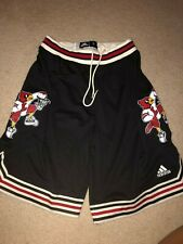 VINTAGE RARE ADIDAS LOUISVILLE CARDINALS BASKETBALL SHORTS IN SIZE L
