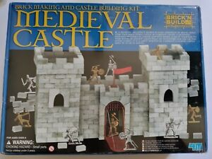 NIB Medieval Castle Brick And Build Building Set 4M Sealed