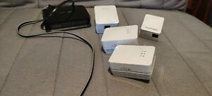 Netgear Powerline Home Bundle (AV200 x3; AV500 x1; XAV1004 switch/hub x1)