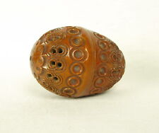 Boite à chapelet  :oeuf sculpté en noix de corozo egg carved tagua nuts Ei