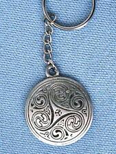 Celtic Shield  Mens Womens Boys Girls Pewter Keyring 30mm = KR0181