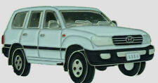 Toyota Landcruiser 100 series - white  wagon - lapel / hat pin badge.    E021105
