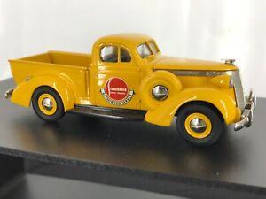 U.S. Model Mint 1:43 1937 Studebaker Coupe Express Service Pickup Crome Yellow