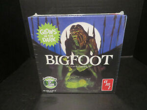 AMT - BIGFOOT GLOW IN THE DARK PARTS LIMITED RUN 1/12 NEW SEALED