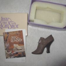 Just The Right Shoe Teetering Court Thailand 25014 Retired Miniature Collectible