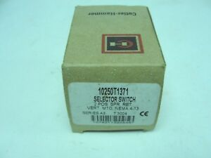 Cutler Hammer 10250T1371 Selector Switch, 2 pos