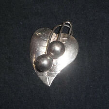 VTG ARTS & CRAFTS STERLING SILVER HEART SHAPED LEAF & BERRIES MEXICO PIN BROOCH