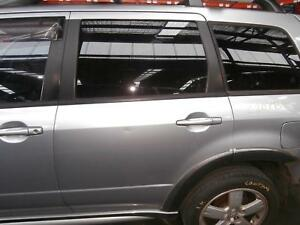 MITSUBISHI OUTLANDER RIGHT REAR DOOR/SLIDING ZF, FLARED TYPE, 08/04-10/06 04 05