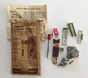 Vintage Amerock Cabinet Catch DECO Red Trim & Lines E08760 Polished Chromium FR