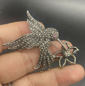 Red Eye Hummingbird Pin Vintage Silver Avon Brooch