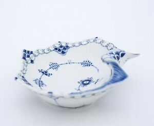 Shell Bowl #1074 - Blue Fluted - Royal Copenhagen - Full Lace - 1st Quality