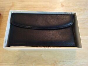 Buxton Women's Leather Black Signature Cardex Wallet 10 Pocket Original Box