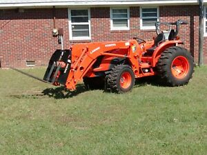 Kubota tractor MX4800 with front loader, and 7 attachments 50hp 4x4 used