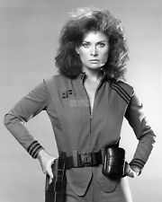 "JANE BADLER AS ""DIANA"" IN THE NBC TV SERIES ""V"" - 8X10 PUBLICITY PHOTO (NN-013)"