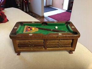Vintage Wooden Coaster Set Cork Brown Pool Table 9.5x4