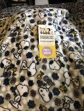 Nwt Berkshire Snoopy Woodstock Gray Velvetsoft Throw Blanket Full Queen 90x90