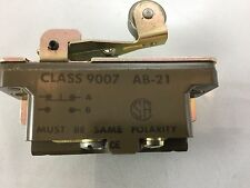 9007 Square D CLASS 9007 AB-22 MICRO SWITCH SK-18171601J