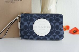 NWT COACH C3318 Dempsey Double Zip Wallet In Signature Jacquard With Patch $178