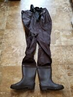 NEW Field & Stream Chest Waders size 8