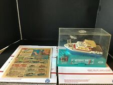 Vintage 1968 Ideal toys motoric boat w/ Original comic add ( no reprint)