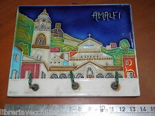 Vecchia piastrella di ceramica a rilievo con appendini AMALFI Souvenir ricordo