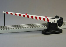 LIONEL TRACK CROSSING GATE O GAUGE scenery train intersection fastrack 6-24248