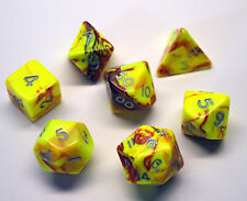 Dungeons & Dragons Fantasy 16mm 7 Piece Dice Set: Toxic Red/Yellow     CC
