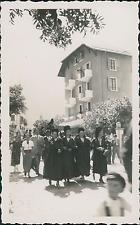 France, Pralognan-la-Vanoise, Fête des Guides, costumes Savoyards  Vintage silve