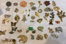 Vintage  jewelry lot, brooches