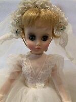 VTG Madame Alexander Blonde Elise Style 1670 Bride Doll