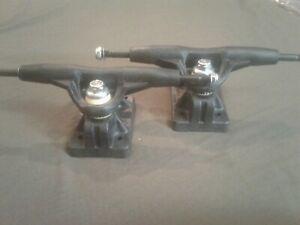 """NOS Vintage Gullwing H.P.G. IV Super Pro MACH V Skateboard Trucks 9"""" - Composite"""