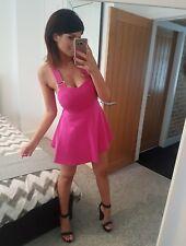SEXY TOPSHOP Hot Pink Mesh Strap stürzt Criss Cross Skater Kleid! Größe 8-10