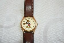 """MICKEY MOUSE Lorus By SEIKO """"Classic Cream Dial"""" RARE CHARACTER WATCH Works!"""