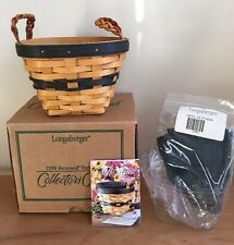 Longaberger Collectors Club 1999 Renewal Basket with Liner & Protector