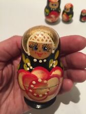 Hand painted Russian nesting dolls Wood With Gold Red Flower 5 Pc