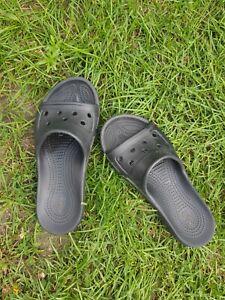 Crocs Pantoletten Gr. 40 W9 Schwarz Top