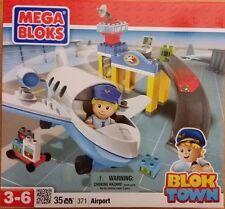NEW Mega Bloks Blok Town Airport #371 airplane pilot