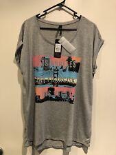 New Crossroads Grey LA San Fran Vegas T-Shirt Size 14