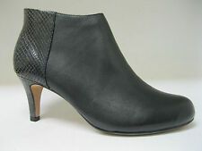 Clarks Women's 100% Leather Stiletto Mid Heel (1.5-3 in.) Shoes