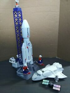 Playmobil Rocket & Space shuttle 6195/6196 NOT COMPLETE FREE SHIPPING