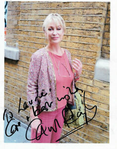 Beautiful CAROL ROYLE Doctors, Casualty, HEARTBEAT,  Blakes 7 signed Candid pic