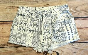 Bullhead shorts jrs size 5 High Rise Mini Short Frayed Aztec Black White