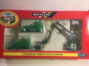 Britains 00048 Spearhead Orbital Reach Hedge Mower Mint Within Its Original Box