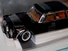 MERCEDES-BENZ 600 PULLMAN Black 1966  SUN STAR 2302 1:18